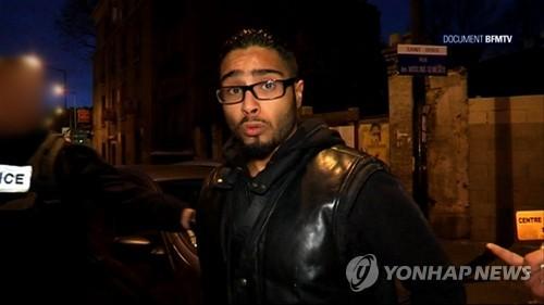 석방된 벤다우드의 2015년 11월 방송 인터뷰 모습