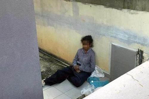 집 밖에서 잠을 자야했던 인도네시아 가사도우미[사진출처 더 스타]