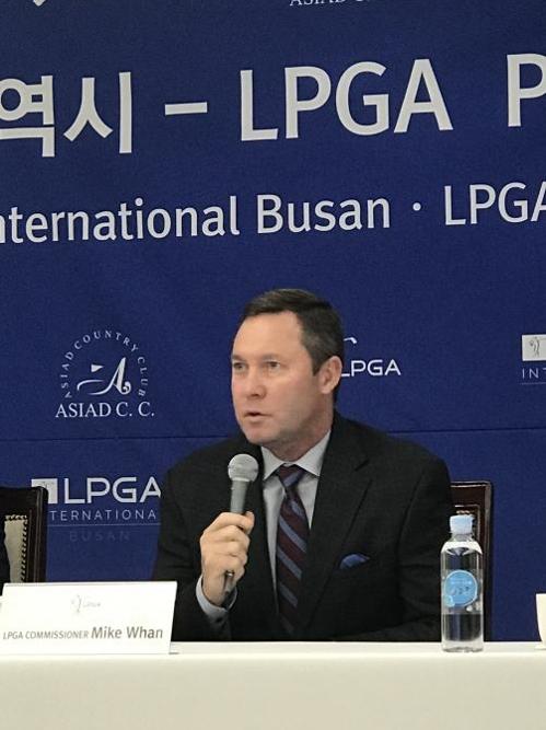 마이크 완 LPGA 회장 [부산시 제공=연합뉴스]