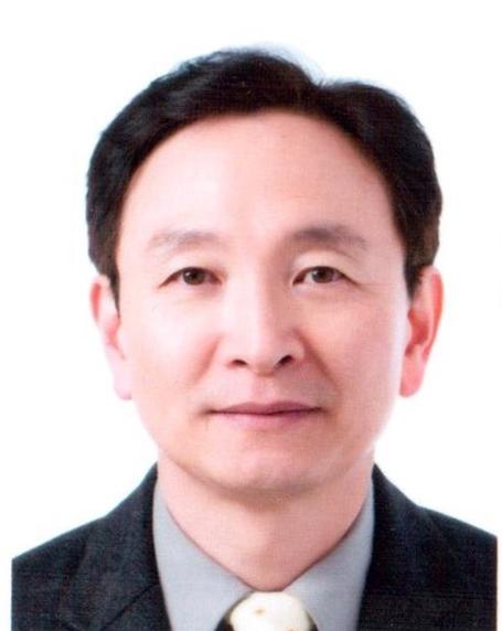 김성우 교수