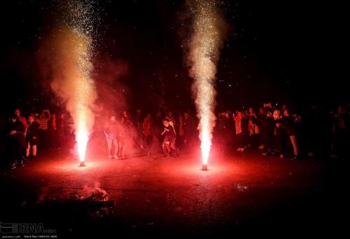 차하르 삼베 수리 불꽃놀이[IRNA통신]