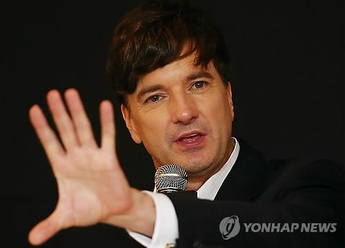 뮤지컬 배우 브래드 리틀, '바람과 함께 사라지다'로 연출 도전