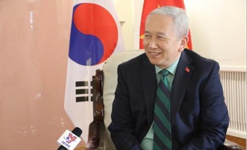 인터뷰하는 응우옌 부 뚜 주한 베트남 대사 [VNA 화면 캡처]