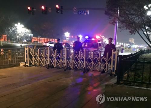 [르포] 北최고위급 방중설에 긴장감 도는 인민대회당…취재·출입 통제