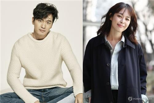 이진욱(왼쪽)과 이하나