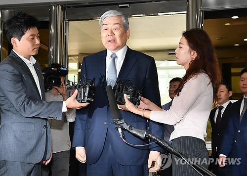"""조양호 집무실 '방음공사' 논란…공개 요구에 """"촬영불가""""(종합)"""