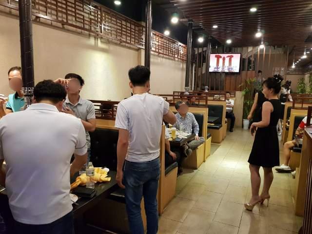 성업 중인 베트남 하노이 북한식당