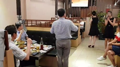 한국 교민으로 꽉 찬 베트남 내 북한식당