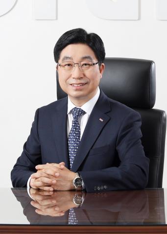 경남메세나협회 새 회장에 황윤철 경남은행장