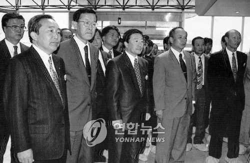 '끈기·결단의 리더십' LG그룹 3세대 총수 구본무 회장