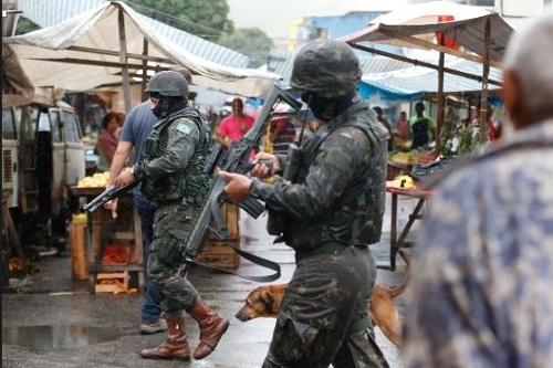 리우 시에 투입된 군병력 [국영 뉴스통신 아젠시아 브라질]