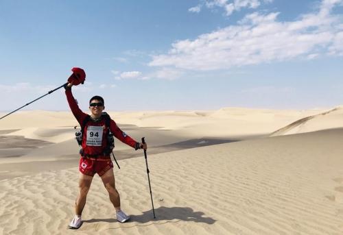 사하라 사막 마라톤 대회 우승한 해병대 유동현 병장