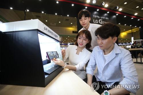 삼성·LG, '월드 IT쇼 2018'서 전략제품 겨룬다(종합)