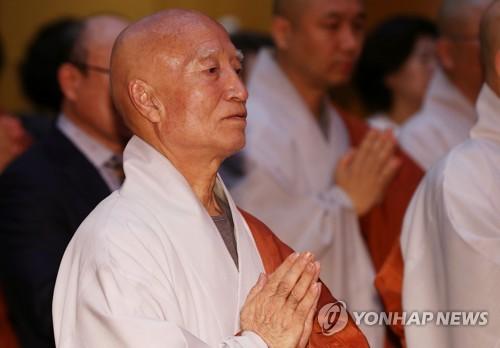 """""""설정스님 숨은 딸 의혹은 허위…입양했다""""(종합)"""