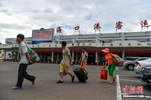 중국 6월 들어 북부 '폭염'…남부 '태풍·비바람' 극명한 대조