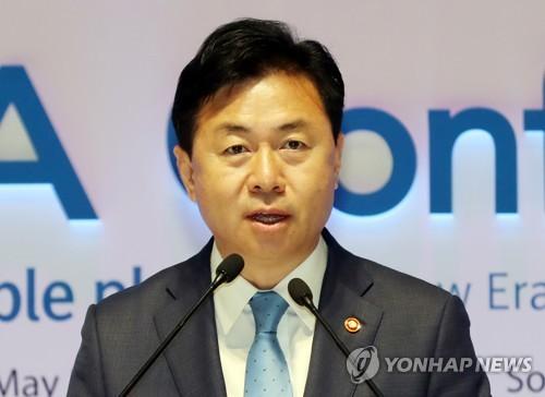 김영춘 해양수산부 장관 [연합뉴스 자료 사진]