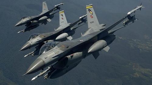 터키군 전투기
