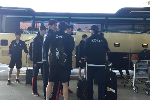 한국 도착한 남자배구 대표팀