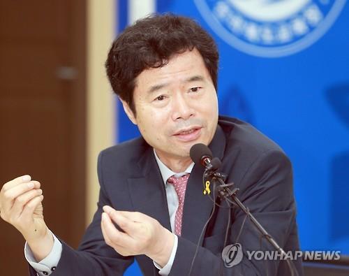 김승환 전북교육감 당선인 [연합뉴스 자료사진]
