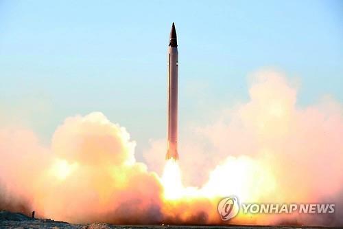 이란의 탄도미사일 시험발사[EPA=연합뉴스자료사진]