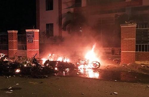 베트남서 반중 시위대가 불태운 오토바이 [VN익스프레스 캡처]