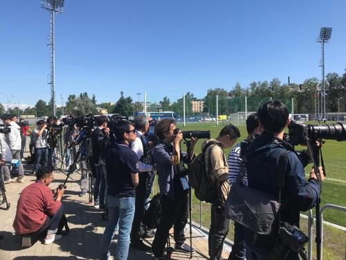 [월드컵] 스웨덴 기자도 등장…대표팀 훈련장 취재 열기 '후끈'