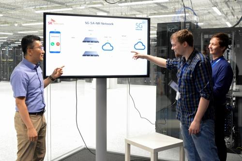 SKT-노키아, 5G 단독 규격 기반 데이터 전송 성공