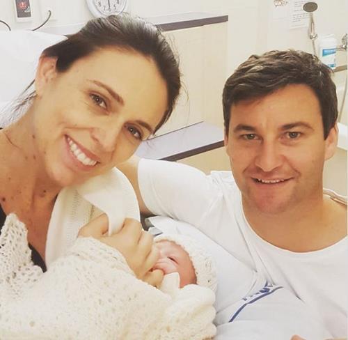 재신더 아던 뉴질랜드 총리, 딸 순산…6주간 출산 휴가