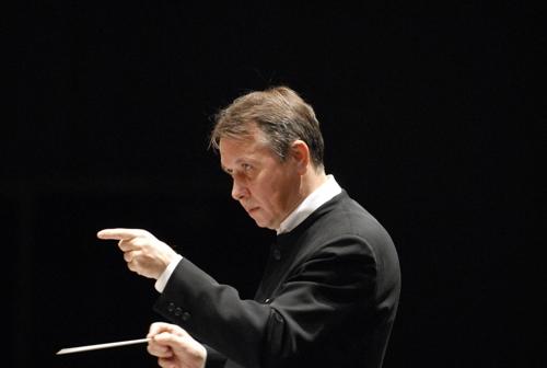 플레트뇨프가 이끄는 러시아 악단의 정통 러시아 사운드