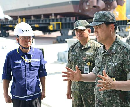 엄현성 해군참모총장, 태풍 대비 현장지도·목포해양대 방문