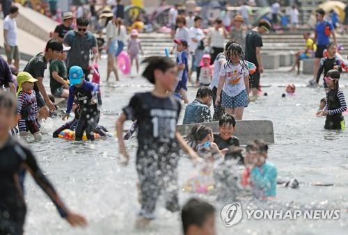 영덕 37도 역대급 더위 '전국 찜통'…강원 동해안 열대야