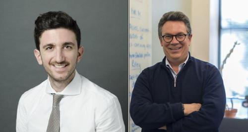 만찰리스(왼쪽) IFCN 국장과 아데어 미 듀크대 교수