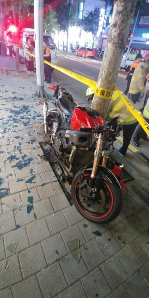 사고 오토바이