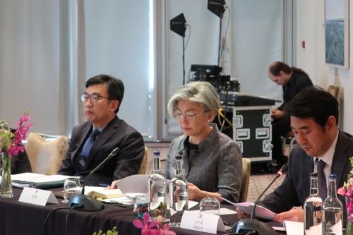 [일문일답] 강경화 북한 비핵화, 흔들림없는 한미 공동목표