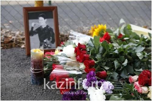 카자흐스탄 피겨영웅 데니스 텐 사망에 애도 행렬 이어져