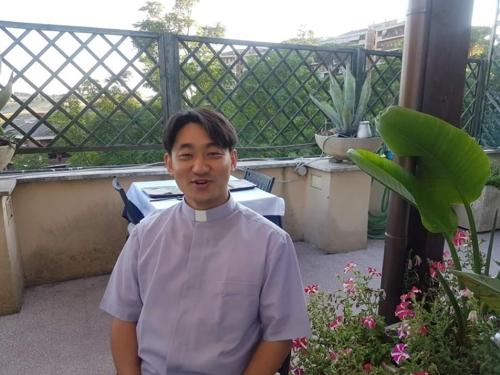 교황청에 한국인 외교관 탄생…황인제 신부, 르완다 부임
