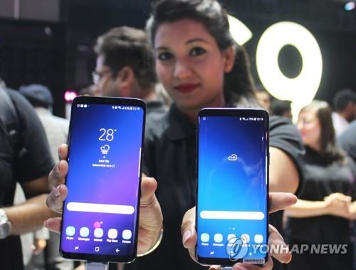 삼성 스마트폰, 인도시장 1위 탈환 '시동'…샤오미와 초접전
