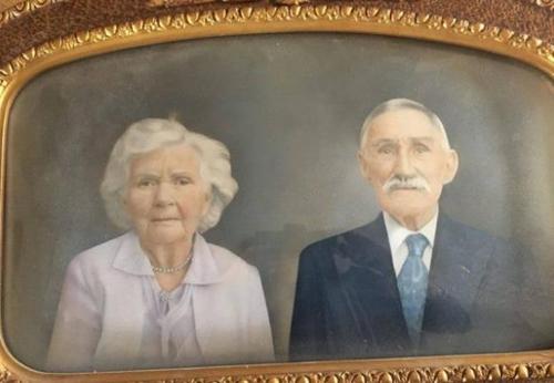 엘리너 토르타의 조부모 초상화[호주언론 캡처]