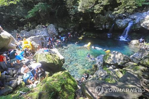 돈내코 계곡의 여름 [연합뉴스 자료사진]