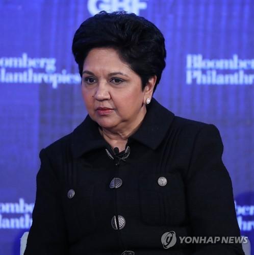 인드라 누이 펩시 CEO, 12년만에 퇴진…여성CEO 줄어