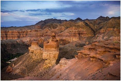 중앙아시아의 그랜드 캐년, 차릉계곡