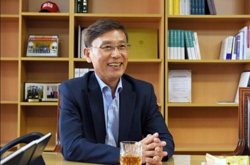"""[인터뷰] 정하영 김포시장 """"공해유발 업체 집단화·이주시킨다"""""""
