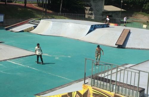 훈련하는 스케이트보드 대표팀