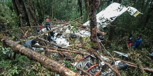인니 동부 경비행기 추락…8명 사망·어린이 1명만 생존(종합)