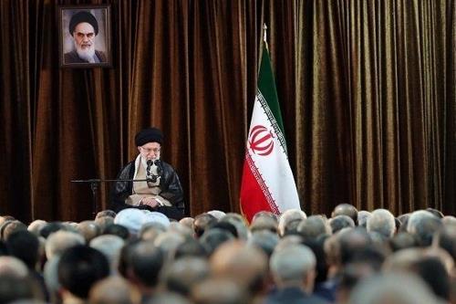 """이란 최고지도자 """"美와 전쟁도 협상도 없다""""…트럼프 제안 거부"""