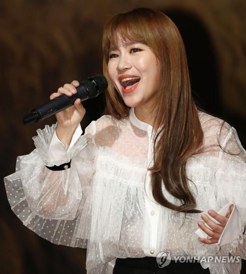 어반자카파 조현아, 24일 솔로곡 '고백' 발매