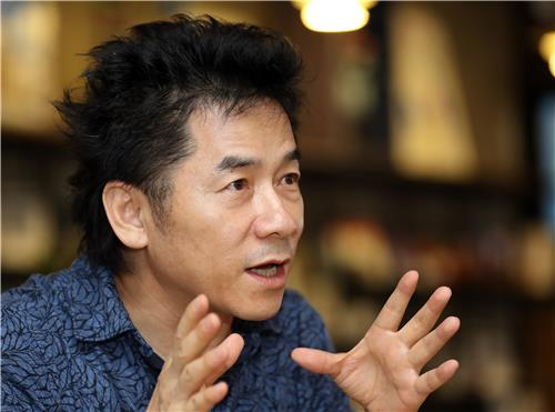 광주비엔날레의 '북한미술전'을 기획한 문범강 미국 조지타운대 교수.