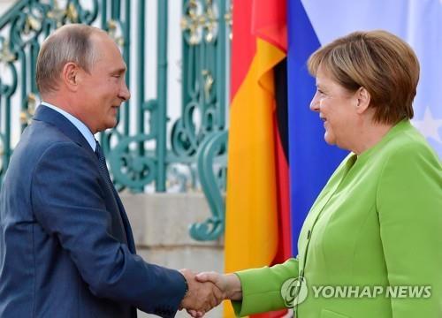 푸틴·메르켈 3시간 회담…우크라·시리아·이란 문제 견해 교환