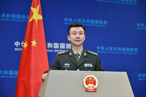 """中국방부, 美연례보고서 반박…""""'중국 군사위협'은 과장"""""""