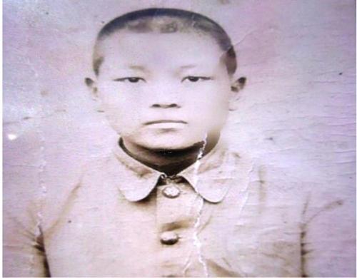 고(故) 김정권 이등중사 어린시절 모습[국방부 제공]